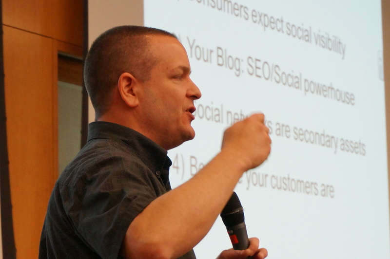 Local Search expert Matt McGee presents at Local U
